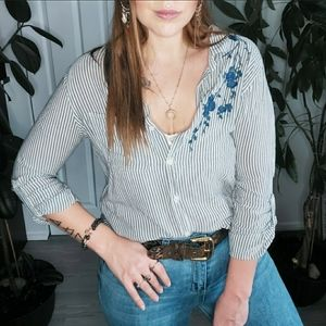 Velvet Heart Pinstriped Floral Embroidery Blouse